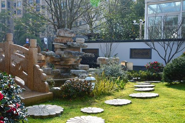 别墅庭院绿植设计 庭院植物新选择
