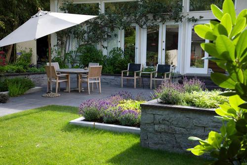 草坪在别墅千赢国际娱乐手机版登录设计中的具体应用
